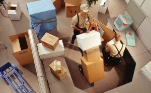 Đóng gói đồ đạc cồng kềnh khi chuyển văn phòng cần lưu ý điều gì? 1